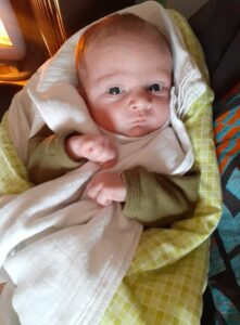 bambini nati dopo il trattamento di FIVET